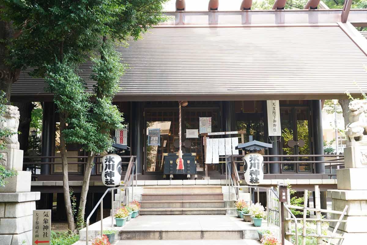 高円寺「氷川神社」拝殿