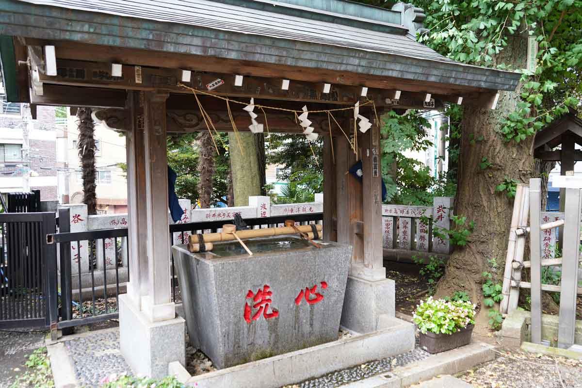 氷川神社の手水舎